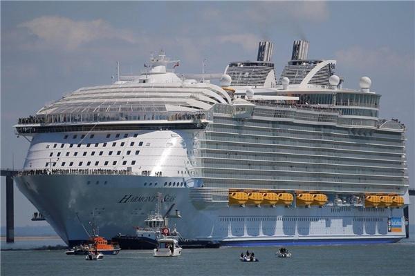 Harmony of the Seas có chiều dài tương đương với 5 chiếc Boeing 747 cộng lại
