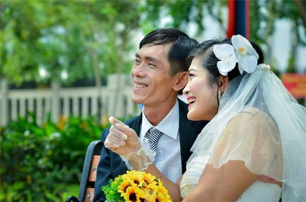 Sợ anh chị cưới nhau về sẽ khổ nên gia đình nhiều lần ngăn cấm anh chị kết hôn.