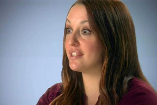 Phẫu thuật để giống Angelina Jolie, người phụ nữ bị biến dạng môi