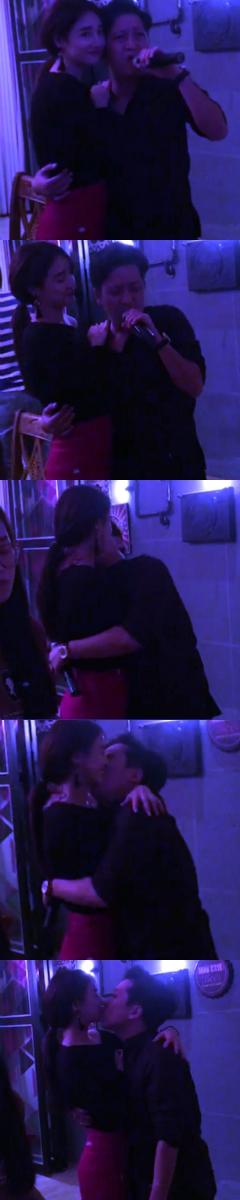 Giữa rất nhiều bạn bè nhưng nữ diễn viên Tuổi thanh xuânvà người yêu lại liên tục thể hiện tình cảm thân mật, ôm và hôn trong suốt thời gian được phát trực tiếp trên mạng xã hội. - Tin sao Viet - Tin tuc sao Viet - Scandal sao Viet - Tin tuc cua Sao - Tin cua Sao