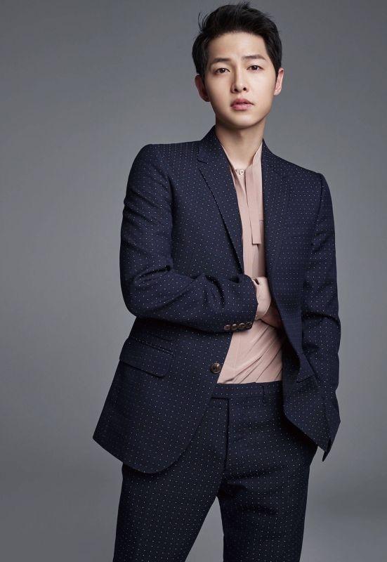 """Loạt sao nam Hàn lọt vào """"mắt xanh"""" của người đồng tính"""
