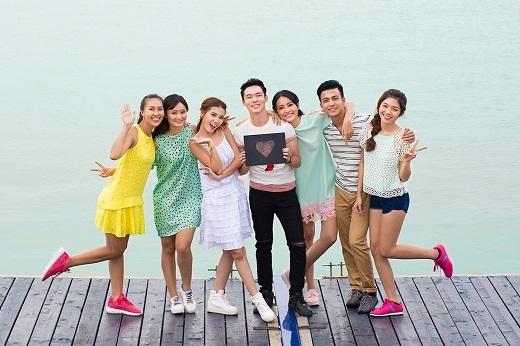 """Hãy """"lụm"""" ngay những bí kí chụp hình nhóm để dành cho các bạn trong những chuyến đi chơi hè sắp tới nhé!"""