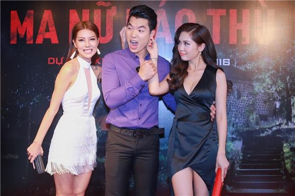 Khoảnh khắc hài hước của bộ ba diễn viên trong buổi giao lưu. - Tin sao Viet - Tin tuc sao Viet - Scandal sao Viet - Tin tuc cua Sao - Tin cua Sao