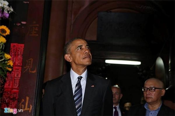 Việc làm đầu tiên của Tổng thống Obama khi đặt chân đến Sài Gòn