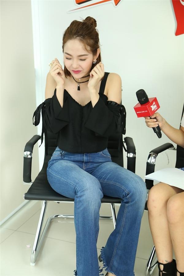 Nữ ca sĩ Minh Hằng cũng có những giây phút vô cùngdễ thương. - Tin sao Viet - Tin tuc sao Viet - Scandal sao Viet - Tin tuc cua Sao - Tin cua Sao