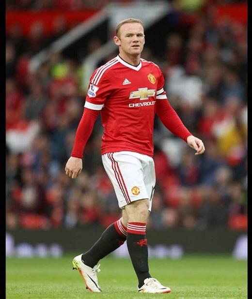 Tiền vệ: Wayne Rooney. Thủ lĩnh của M.U đang trong giai đoạn chuyển giao vị trí và sẽ đảm nhận vai trò tiền vệ trung tâm trong mùa tới. Ảnh: Internet.
