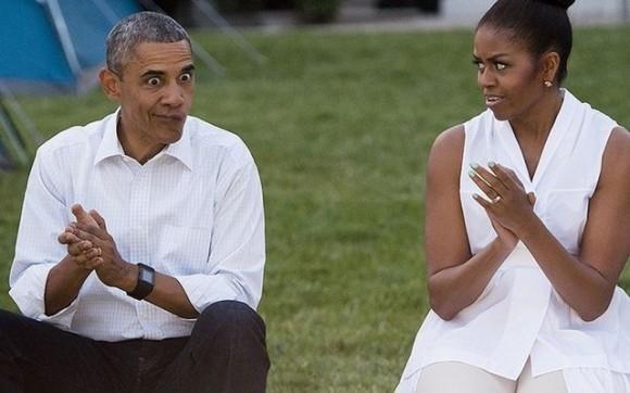 """Tổng thống Obama tham gia sự kiện """"Lets Move"""" hôm 30/6/2015, trong lúc vỗ tay theo nhạc, đột nhiên ông Obama trợn mắt và méo mồm để làm không khí thêm vui vẻ."""