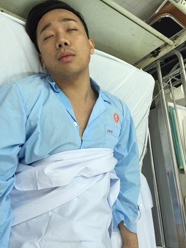 """Cách đây không lâu, Trấn Thành khiến fan """"tá hỏa"""" khi những hình ảnh anh nằm trên giường bệnh lan truyền trên cộng đồng mạng. - Tin sao Viet - Tin tuc sao Viet - Scandal sao Viet - Tin tuc cua Sao - Tin cua Sao"""