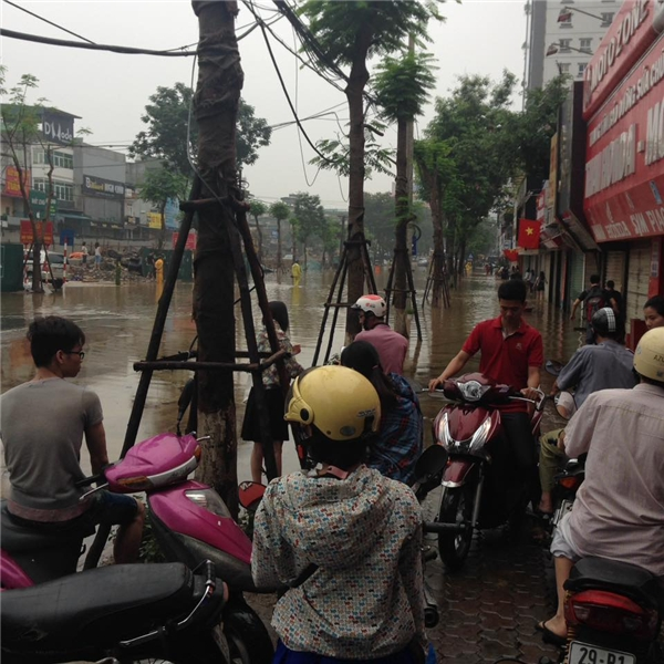"""Khu Thái Hà- điểm ngập lụt """"nổi tiếng"""" tạiHà Nộicũng không hề ngoại lệ.(Ảnh: Internet)"""