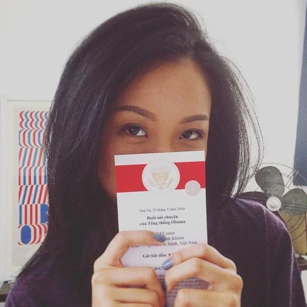 Nữ rapper trẻ Suboi vô cùng bất ngờ và hạnh phúc tột độ khi cầm trên tay tấm thiệp mời tham dự buổi nói chuyện của Tổng thống Mĩ. - Tin sao Viet - Tin tuc sao Viet - Scandal sao Viet - Tin tuc cua Sao - Tin cua Sao