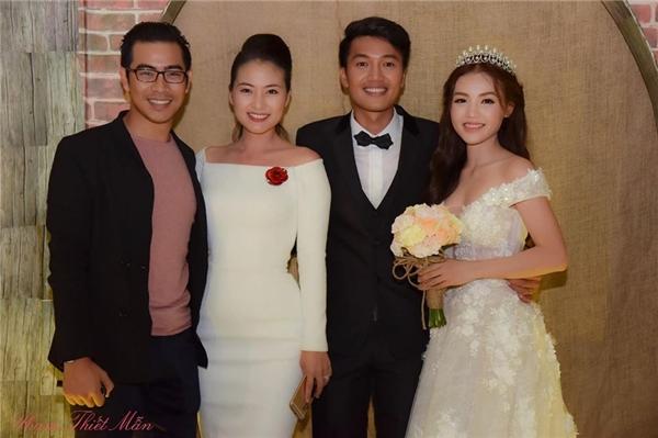Ngọc Lan và Thanh Bình được nhiều bạn bè hối thúc kết hôn sau khi một sốngười bạn của họ thành đôi. - Tin sao Viet - Tin tuc sao Viet - Scandal sao Viet - Tin tuc cua Sao - Tin cua Sao