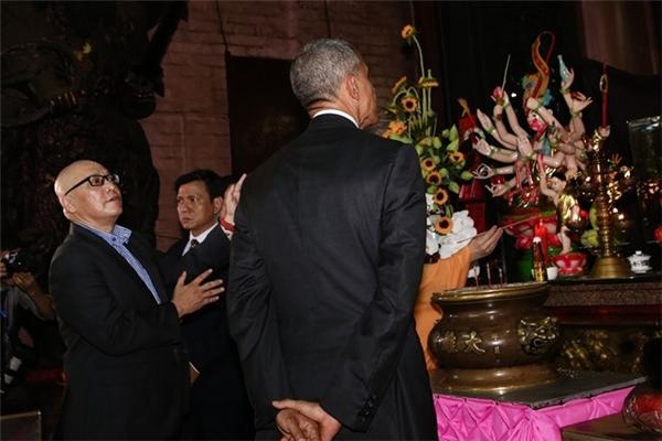 Giáo sư Dũng khẳng định thông tin về việc sư thầy chùa Ngọc Hoàng đề nghị TT Obama cầu con trai là hoàn toàn không đúng sự thật. (Ảnh: Hải An)