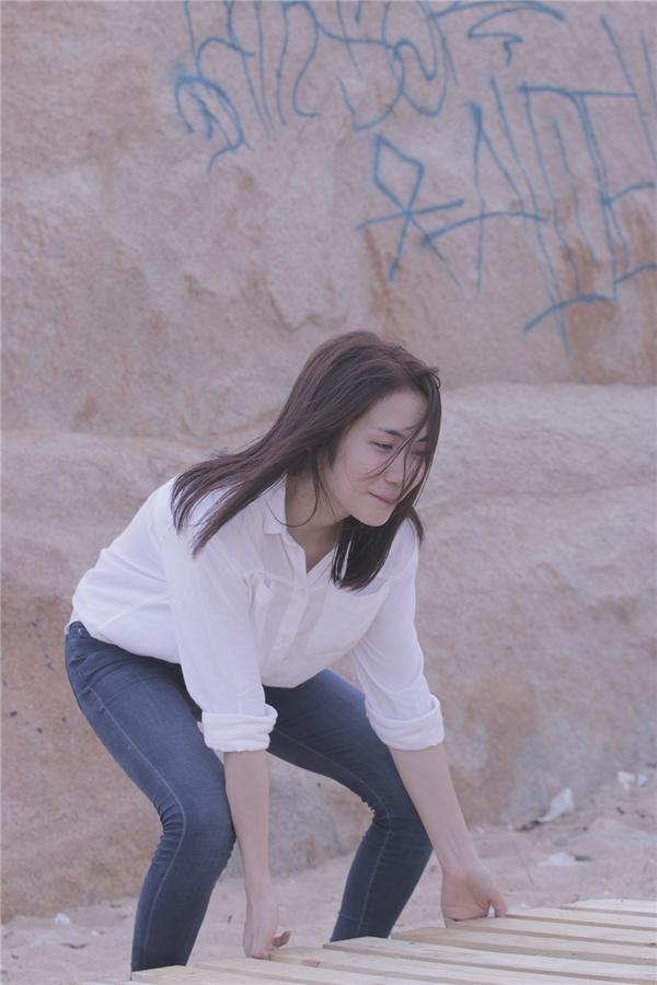 Hòa Minzy chia sẻ, khá vất vả vì công việc bận rộn nhưng cô cảm thấy hạnh phúc vì nhận được sự giúp đỡ của mọi người. - Tin sao Viet - Tin tuc sao Viet - Scandal sao Viet - Tin tuc cua Sao - Tin cua Sao