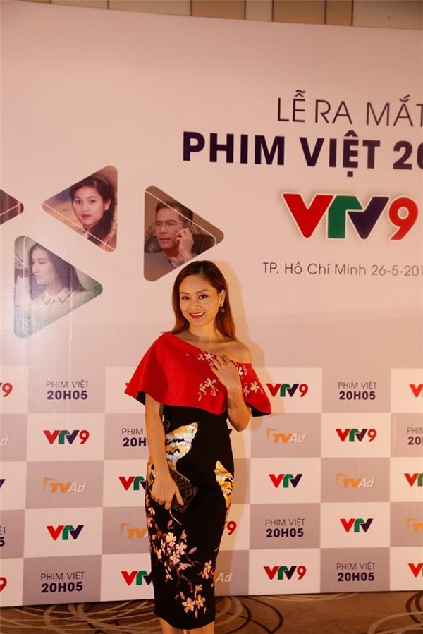 Nữ diễn viên từng gây ấn tượng sâu sắc trong lòng khán giả với các vai diễn trong bộ phim nhưCô gái xấu xí, Nữ bác sĩ, Những thiên thần áo trắng, Cô dâu đại chiến... - Tin sao Viet - Tin tuc sao Viet - Scandal sao Viet - Tin tuc cua Sao - Tin cua Sao