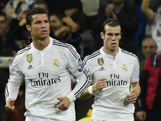 Ronaldo bị con trai chê chạy chậm hơn Bale.