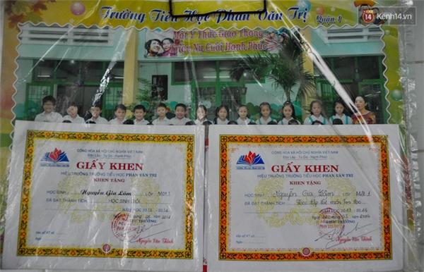 Bé Lâm đạt học sinh giỏi trong nhiều năm liền tại trường Tiểu học Phan Văn Trị (quận 1, TP. HCM). Lâm đang học lớp 4. Trong các môn học, bé Lâm giỏi nhất là môn tin học.
