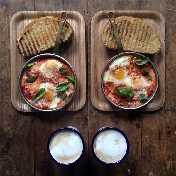 Chàng trai nổi tiếng trên Instagram vì đã nấu gần 1000 bữa sáng cho bạn trai