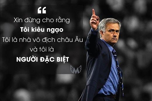 Jose Mourinho tự tin phát biểu trong buổi ra mắt Chelseangay sau khi giúp Porto vô địch Champions League.
