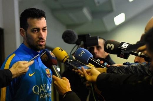 Busquets tiếp tục gắn bó với Barcelona thêm 5 năm nữa