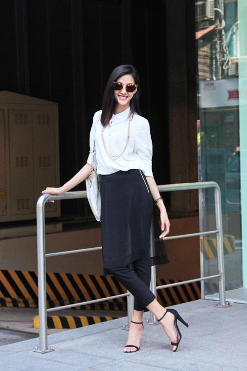 Để dễ dàng phối trang phục, các tông màu trung tính như: đen, trắng hay kem sữa sẽ là những gợi ý tuyệt vời nhất.