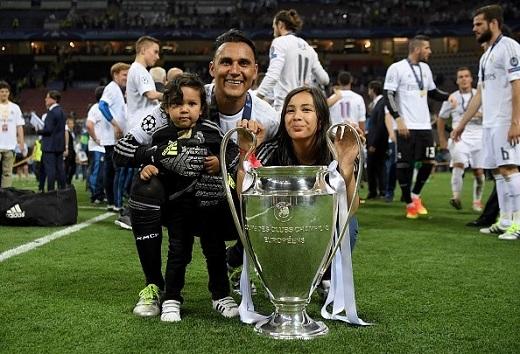 Người nhện Keylor Navas dù không thể nối dài thành tích giữ sạch lưới ở Champions League nhưng anh vẫn xứng đáng là người hùng trong chiến tích của Real.