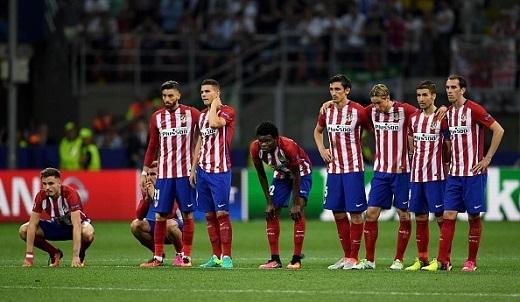Khi Juanfran sút hỏng ở loạt penalty áp chót, Atletico gần như suy sụp.