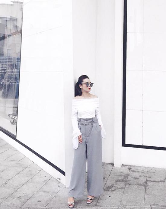 Mặc đẹp cực chuẩn với màu trầm như Phương Trinh, Phạm Hương