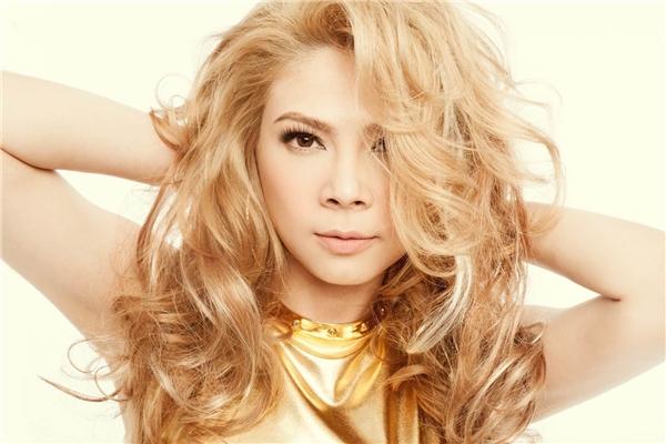 Giọng ca Búp bê biết yêu là một trong những nữ ca sĩ nổi tiếng nhất trong thời kì hoàng kim của nhạc Việt. - Tin sao Viet - Tin tuc sao Viet - Scandal sao Viet - Tin tuc cua Sao - Tin cua Sao