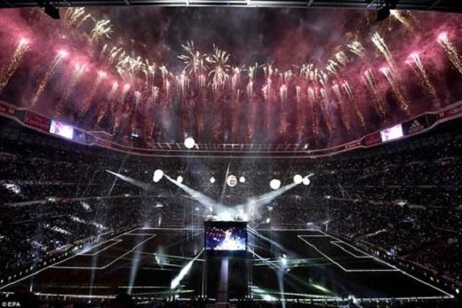 Bernabeu biến thành sân khấu khổng lồ