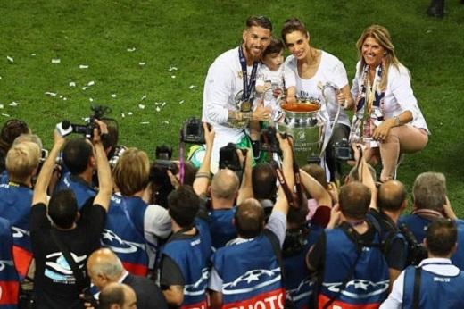 Không thể quên người hùng Ramos