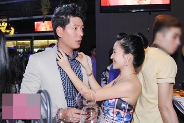 Dù kết hôn đã nhiều năm và có với nhau hai mặt con thế nhưng tình cảm của đôi vợ chồng Bình Minh - Anh Thơ vẫnmặn nồng như thời mới yêu. - Tin sao Viet - Tin tuc sao Viet - Scandal sao Viet - Tin tuc cua Sao - Tin cua Sao