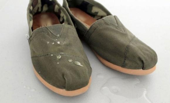 Nước mưa không thể thấm vào đôi giày của bạn