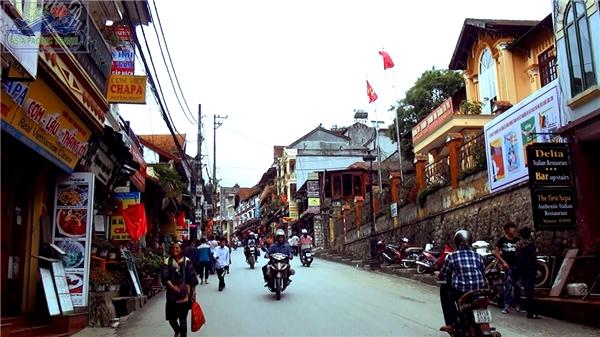 """Phố Tây Việt Nam - """"Quẩy siêu nhiệt"""" những con phố Tây ở Việt Nam"""