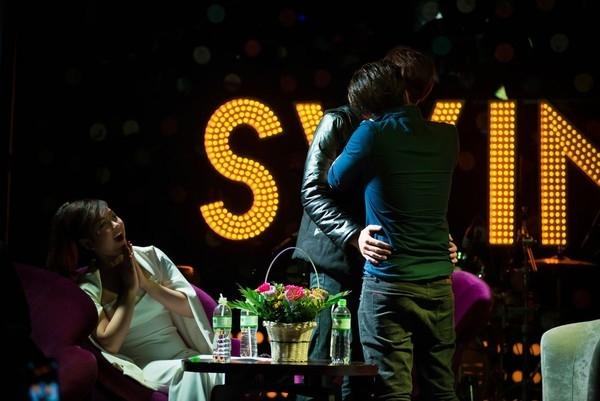 """Nụ hôn nóng bỏng không biết đâu là diễn, đâu là thật khiến khán giả """"đứng hình"""". - Tin sao Viet - Tin tuc sao Viet - Scandal sao Viet - Tin tuc cua Sao - Tin cua Sao"""