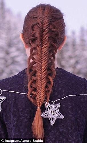 Kiểu tóc này trông hơi lạ lẫm một chút nhưng vẫn không kém phần nổi bậc. Đây là kiểu tóc có thể dễ dàng kết hợp với nhiều phong cách trang phục. (Ảnh: Internet)