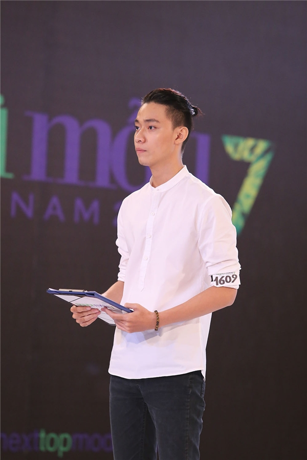Trước Út Trang, 3 thí sinh Nguyễn Ngọc Khoa, Tuyết Như và Duy Dương đều không để lại ấn tượng trong mắt ban giám khảo bởi phần thể hiện quá mờ nhạt.