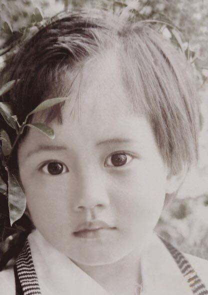 Stylist Đỗ Thanh Hoakhi bé khá để tóc ngắn trông giống hệt con trai. - Tin sao Viet - Tin tuc sao Viet - Scandal sao Viet - Tin tuc cua Sao - Tin cua Sao