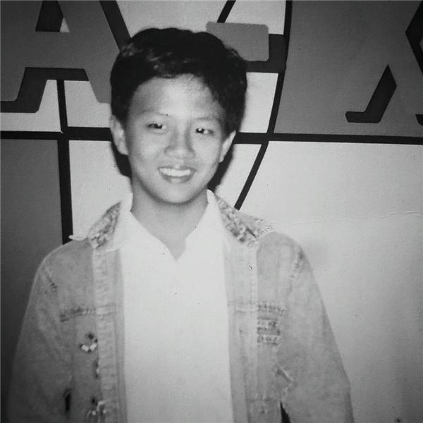 """Nụ cười của nam diễn viênDuy Khánh ngày xưa không khác """"cô giáo Khánh"""" hiện tại là mấy. - Tin sao Viet - Tin tuc sao Viet - Scandal sao Viet - Tin tuc cua Sao - Tin cua Sao"""