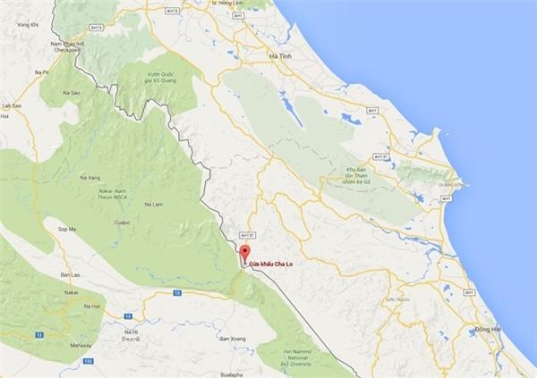 Vị trí xảy ra vụ nổ xe khách trên địa phận Lào, cách cửa khẩu Cha Lo (Quảng Bình) 15km .