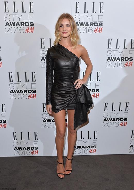 Người đẹp Rosie Huntington tại sự kiện thời trang của Elle.