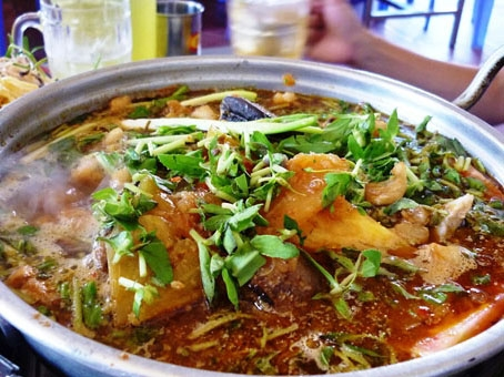 Ẩm thực Phan Thiết - Căng bụng cả ngày ở Phan Thiết