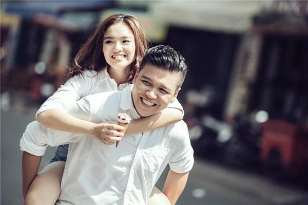 Theo chia sẻ, cặp đôi đã có khoảng thời gian bên nhau khá lâu trước khi quyết định tiến tới hôn nhân.