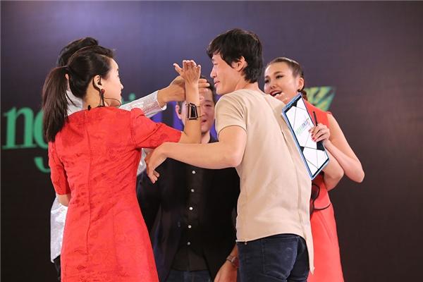 """Ban giám khảo vui mừng ví cuối cùng thí sinh này cũng hét lên được câu: """"Tôi muốn vào nhà chung""""."""