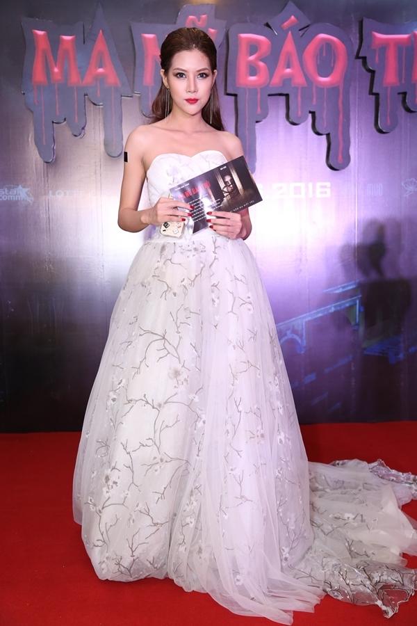 Nữ diễn viên trẻ Mai Hàn lộng lẫy xuất hiện tại họp báo dự án điện ảnh đầu tay. - Tin sao Viet - Tin tuc sao Viet - Scandal sao Viet - Tin tuc cua Sao - Tin cua Sao