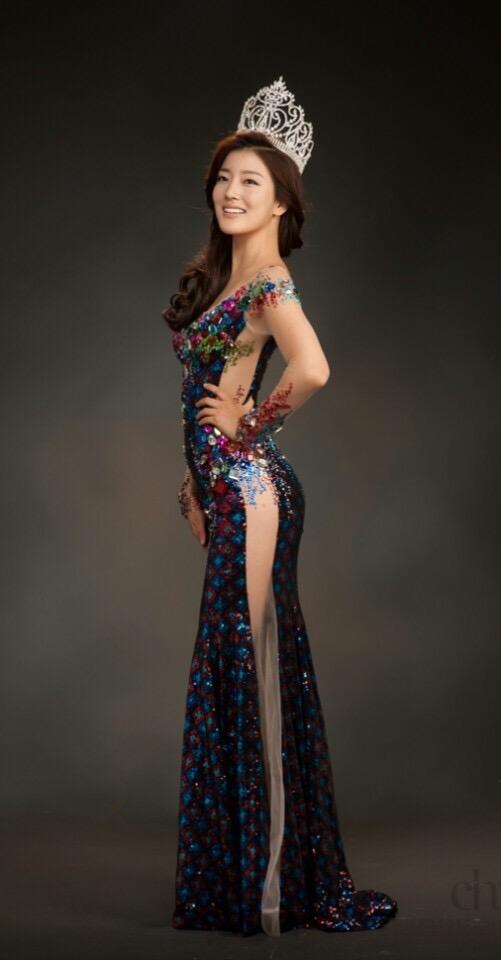Hoa hậu Hàn Quốc và Trung Quốc nóng lòng đọ sắc bêndàn mĩ nhân Việt