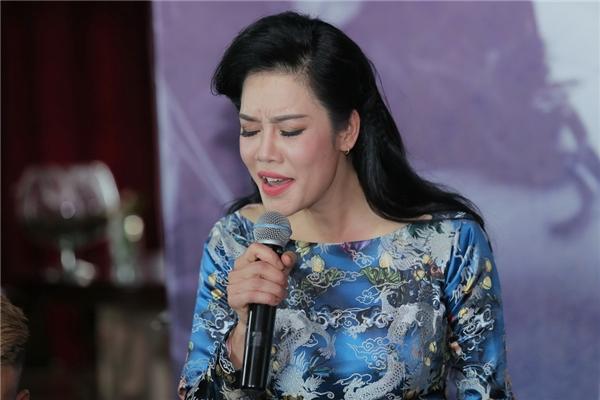 Kỉ niệm 30 năm ca hát, Thu Phương kể chuyện về Nam Phương hoàng hậu