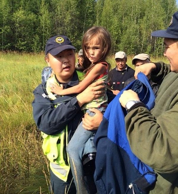 Nơi cô bé ẩn náu cho đến khi lực lượng cứu hộ tìm thấy.