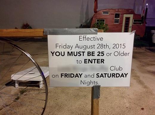 Một số quánbar, club, vũ trường... trên thế giới có quy định hẳn hoi về độ tuổi khách hàng. (Ảnh: Internet)