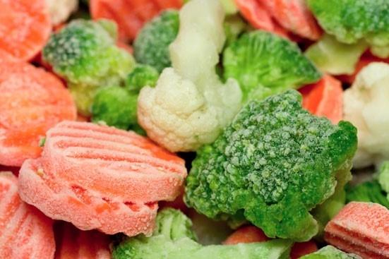 Rã đông thực phẩm không đúng cách có thể gây nguy hại cho sức khỏe