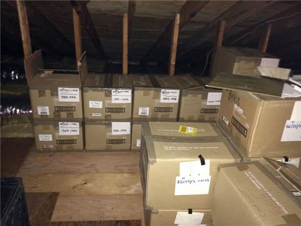 25 thùng đựng thư trên gác mái - nhân chứng tình yêu của đôi vợ chồng khiến bao người ngưỡng mộ